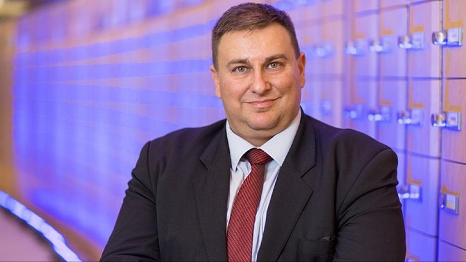 Емил Радев: Регулацията на технологиите за лицево разпознаване изисква ясни правила, а не забрани