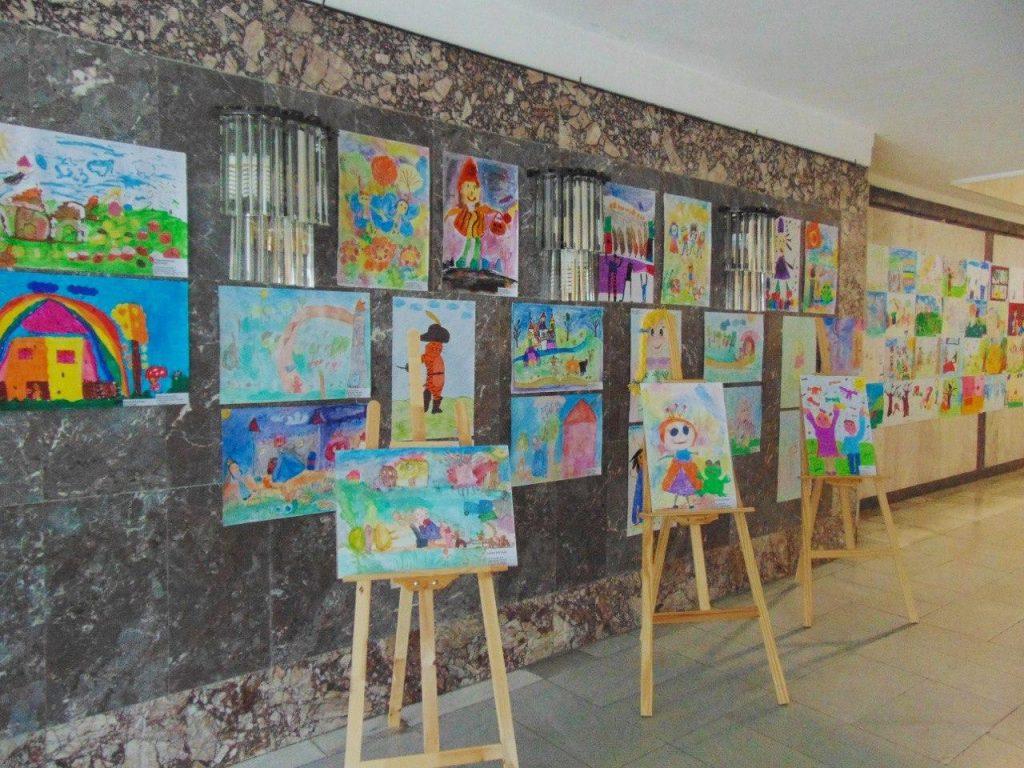 Обявиха победителите в конкурсите на библиотеката в Добрич, организирани с подкрепата на евродепутата Емил Радев